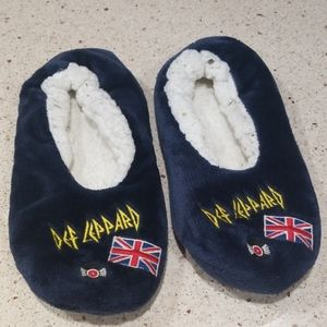 Def Leppard slippers